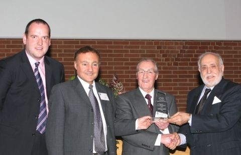 Tony Barry and Sir Hugh Ross present CSI award to Tom and Geoff Morris of Uniscan